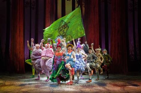 Shrek and all the characters from the swamp visit Stephens