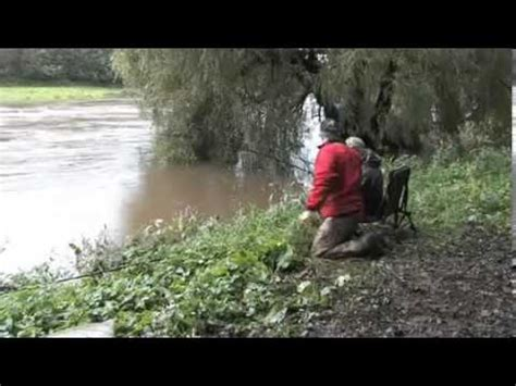 Dave Pimlott floodwater barbel fishing on the river Ribble