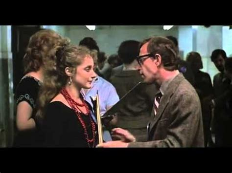Actors who appeared in Annie Hall before they were famous
